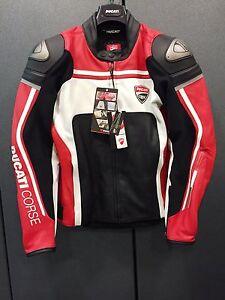 Giubbino-in-pelle-Ducati-Corse-14-Dainese-Leather-Jacket-Ducati-Corse-98102145
