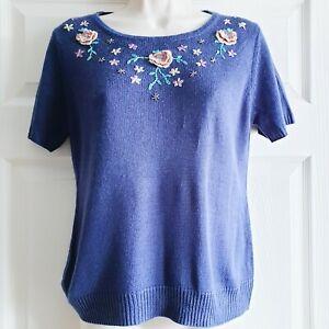 Dixie-Size-Medium-Large-Blue-Floral-Embroidered-Tshirt-Super-Soft-Vintage-Look
