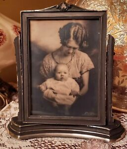 Antique Wood Swivel Stand Frame With Black And White Photo 5x7
