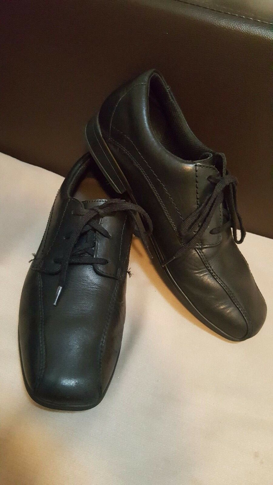 BOOTLEG Mens soft leather shoes -size UK 6.5-