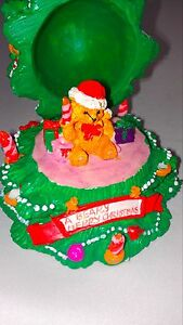A-Beary-Merry-Christmas-VTG-Figurine-Opens-Hinges-Cute-Holiday-1994-Presents-90s