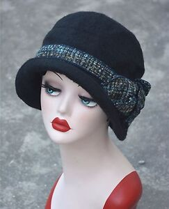 3e14e2a67e3ee8 Image is loading Womens-Gatsby-1920s-Vintage-style-Flapper-Cloche-Downtown-