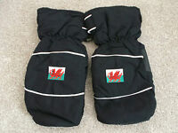 Welsh Flag Branded Golf Winter Mitts