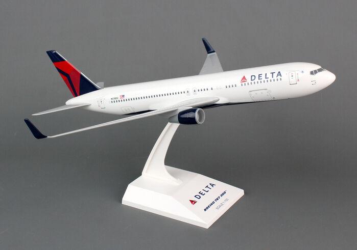 contador genuino Skymarks Skymarks Skymarks SKR330 Delta Airlines Boeing 767-300 1 150 escala 2007 librea Nuevo En Caja  Ahorre hasta un 70% de descuento.