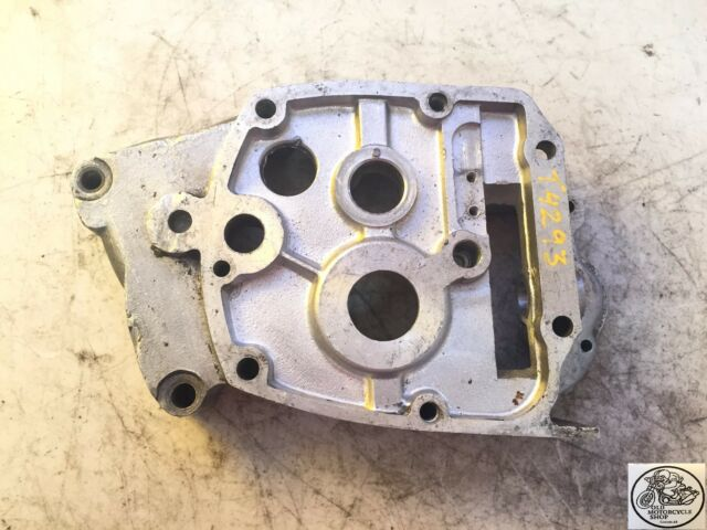 1971 - 1972 TRIUMPH 650 INNER GEARBOX COVER OEM T4293