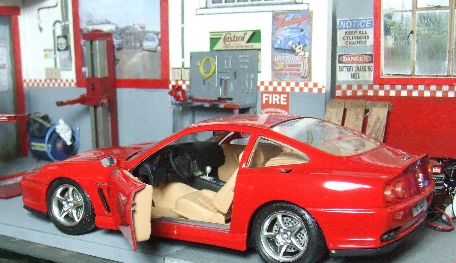 Masse of  3 Ferrari Bburago + 1 Ferrari Maisto 1 24 diecast + BIN bonus
