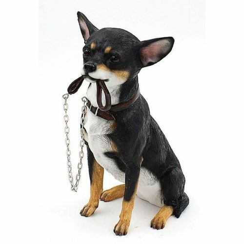 BLACK CHIHUAHUA SITTING ORNAMENT// FIGURINE WITH LEAD BY LEONARDO
