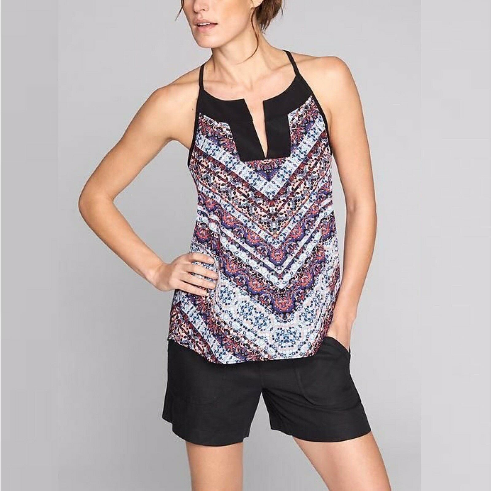 NWT  Athleta Chevron Dunes Women's Tank Workout Top Size M