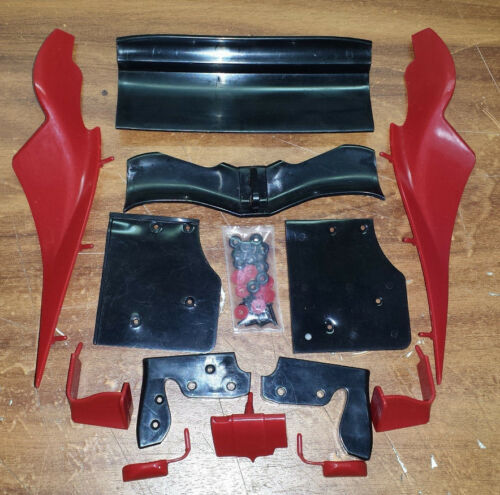 Ferrari 04 Kyosho Ausgabe 76Heckflügel und Aerodynamik-Bausatz für die Rennkaros
