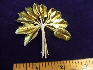 Vintage-Millinery-Flower-1-034-Leaf-Lot-of-12-Gold-Foil-Doll-Size-Trim-for-Hat-Z2