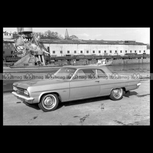 #pha.024506 Photo OLDSMOBILE F-85 DELUXE CUTLASS SPORTS COUPE 1963 Car Auto