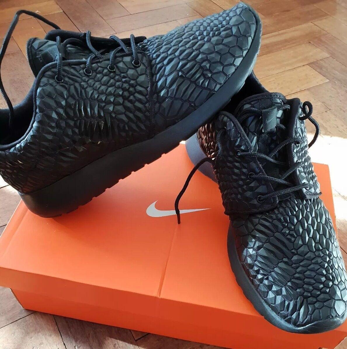 Nike Roshe Run TUTTO NERO SCARPE COCCODRILLO leatherbetterworld da Donna Nuovo Da Uomo Nuovo Donna 932499