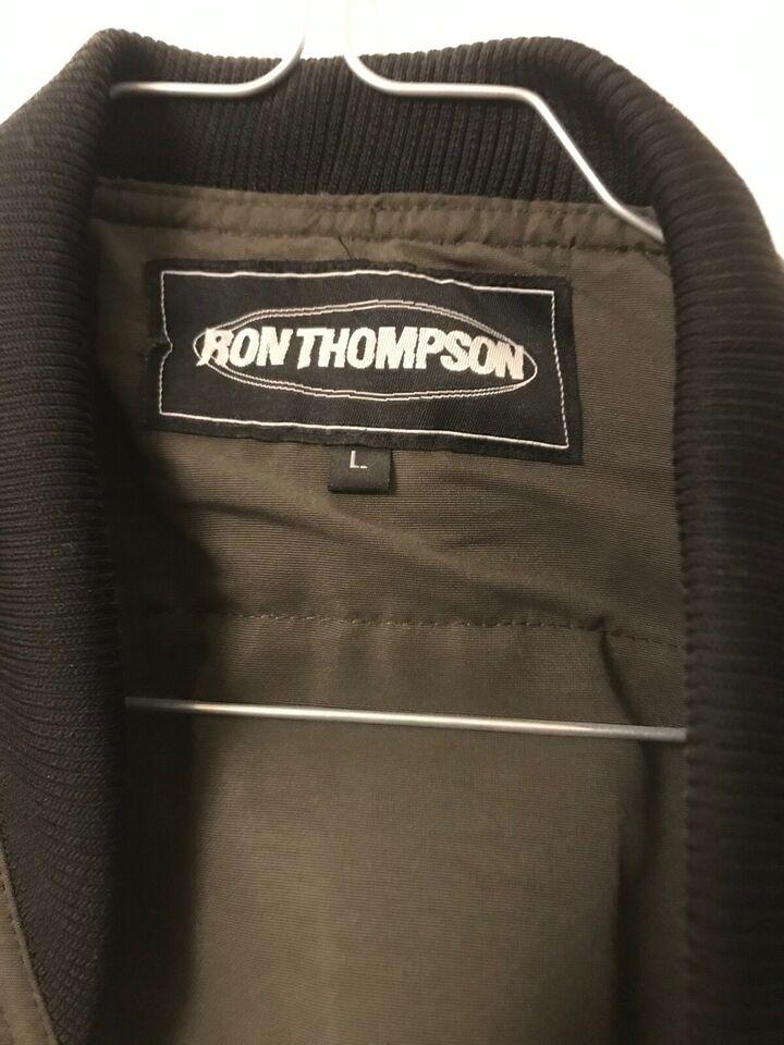 Vest, Ron Thompson