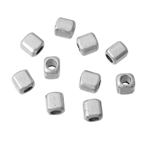 LOT de 50 ou 100 Perles Cube 4mm x 3.5mm en métal argenté