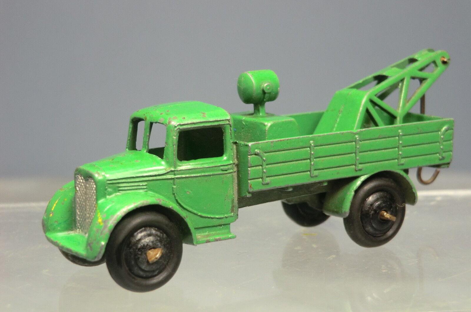 VINTAGE DINKY TOYS  MODEL No.30e  POST-WAR    BREAKDOWN CAR ( CRANE LORRY ) 2568b6