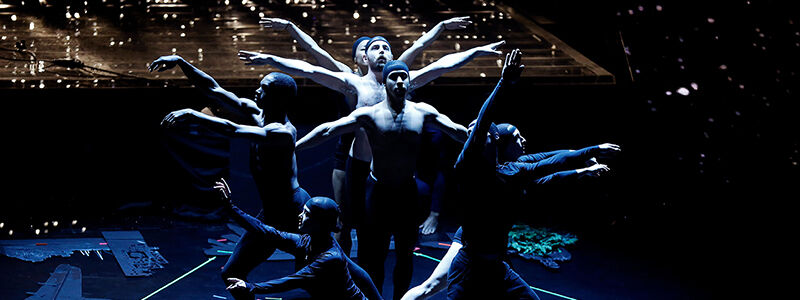 PILOBOLUS Shadowland - The New Adventure