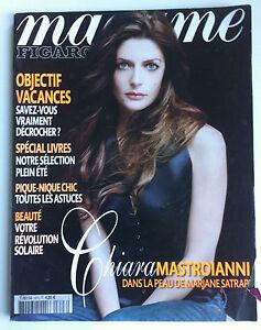 MADAME-Figaro-du-23-06-2007-Chiara-Mastroianni-Objectif-Vacance-Afrique