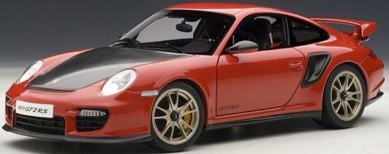 bilAR 77964 Porsche 911 (997) GT2 RS 2010 in röta 1 18 NEU OVP
