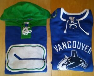 separation shoes ab28d 407c1 Details about Men's FANATICS VANCOUVER CANUCKS Lot Of 2 Jersey Sweatshirts  Blue Green Medium M