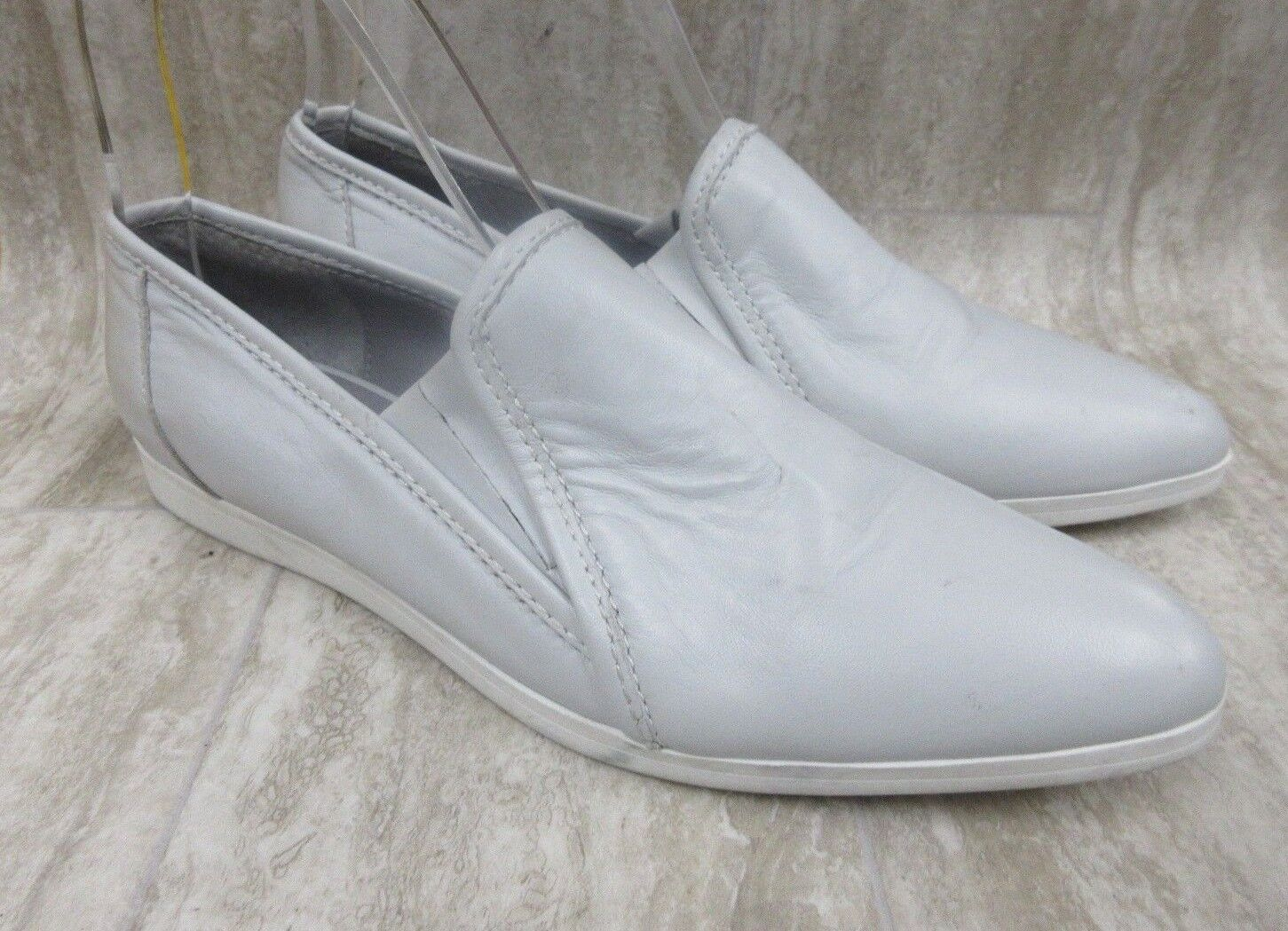 Trouve Leather 'Evans' Leather Trouve Slip-On Flat in Gray Women's Size: 7 M 78fda7