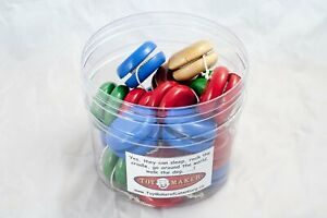 Classic-wooden-yoyos-blue-red-blue-or-natural