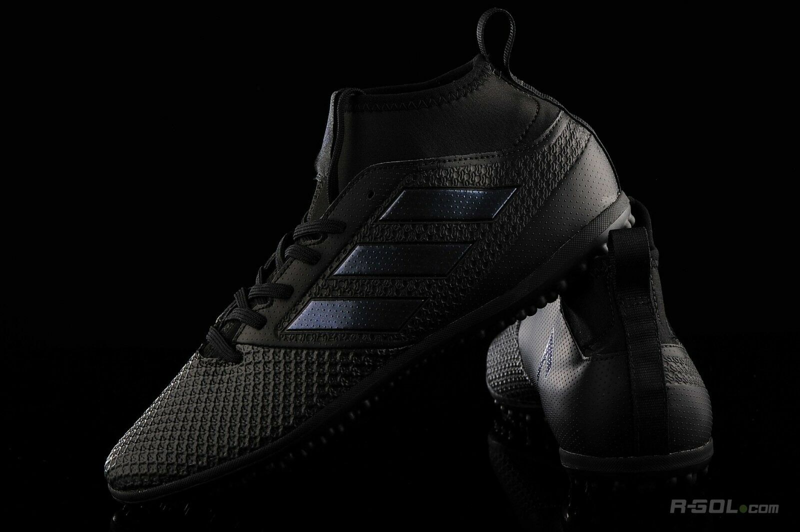 Raro Adidas ACE Tango 17.3 TF Fútbol Zapatillas, UK9, Triple Negro, S77084