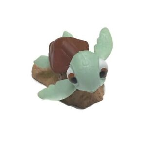 "Disney Pixar Finding Nemo Squirt Turtle PVC Figure 1.5"" Tall"