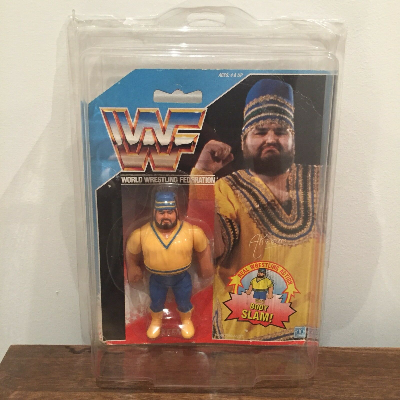WWF/WWE Akeem Vintage Hasbro Action Figure 1990 Series 1 MOC US Card