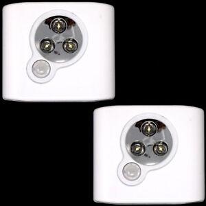 2x-Luci-lampade-solare-3-LED-sensore-movimento-guardaroba-armadio-3LDM