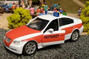 NOTARZT-BMW-3er-E90-in-1-32-fuer-Carrera-Digital-TOP-DEKORATION-55373