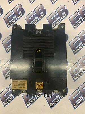 Square D 3 pole 100 amp 250v ML-1 989316 Circuit Breaker