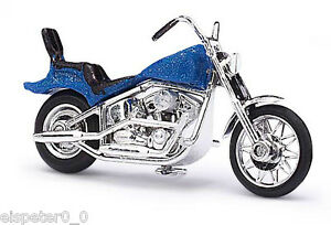 Busch-40152-Amerikanisches-Motorrad-Blau-Metallic-H0-Fertigmodell-1-87