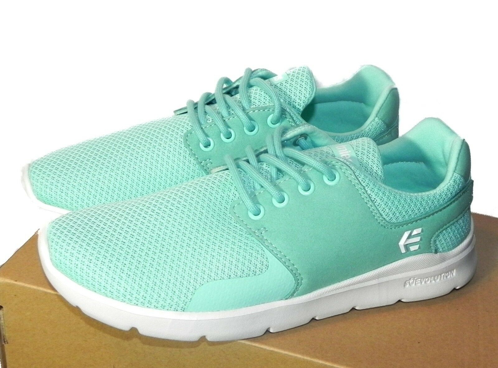 Etnies Womens Scout XT Sneaker Light bluee Size 6 Brand New With Box
