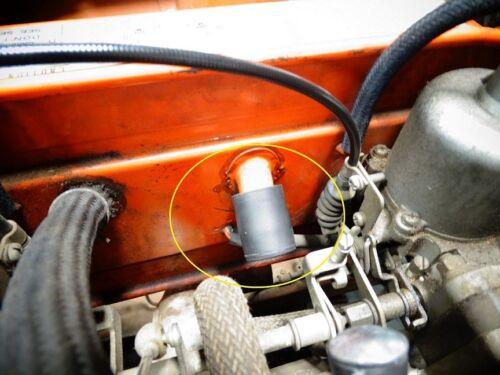 Air Filter Housing Breather Rubber  Plug NEW Datsun 240Z 70-73 534