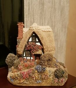 Lilliput-Lane-SUMMER-HAZE-1987-Cottage-Collectible-Ornament