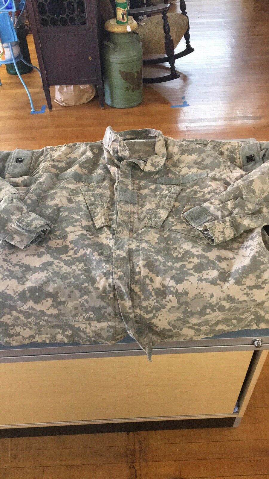 Army Camo Shirt Digital Full Zip w Velcro Front Mens Size Large E37