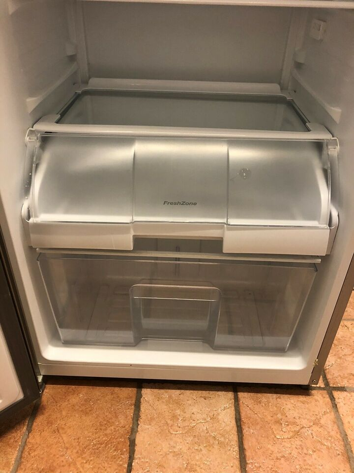Andet køleskab, Gram KS 3406-90 F X, 363 liter