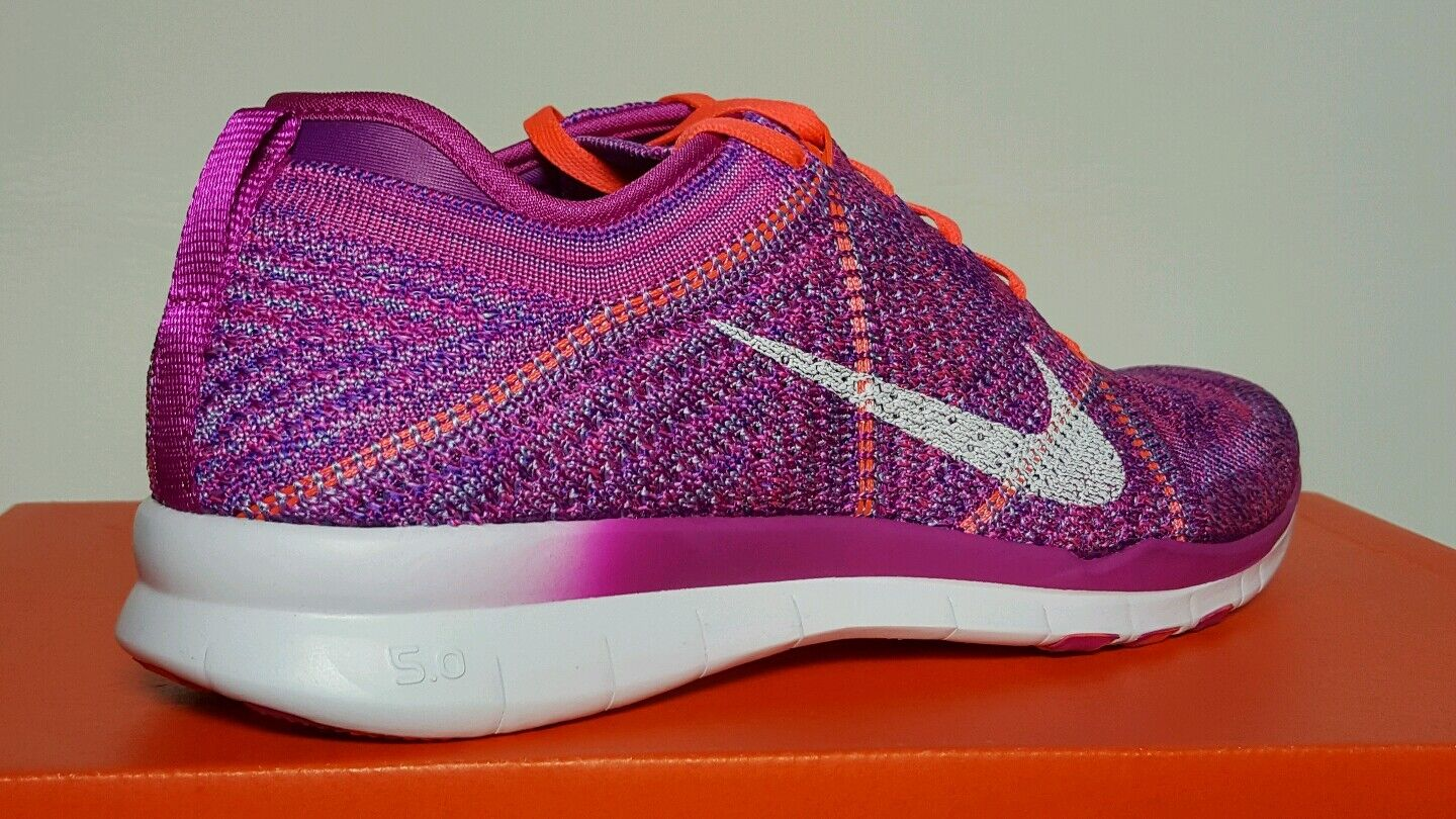 official photos 9c3a7 c0434 ... NIKE NIKE NIKE WOMEN S FREE TR FLYKNIT RUNNING MULTIPLE SIZES NEW BOX  718785 500 793a90 ...