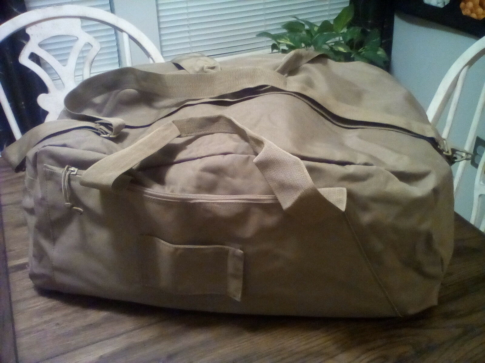 5ive Star Gear Large Tactical Zipper Duffel Bag Coyote, made of Heavy Canvas