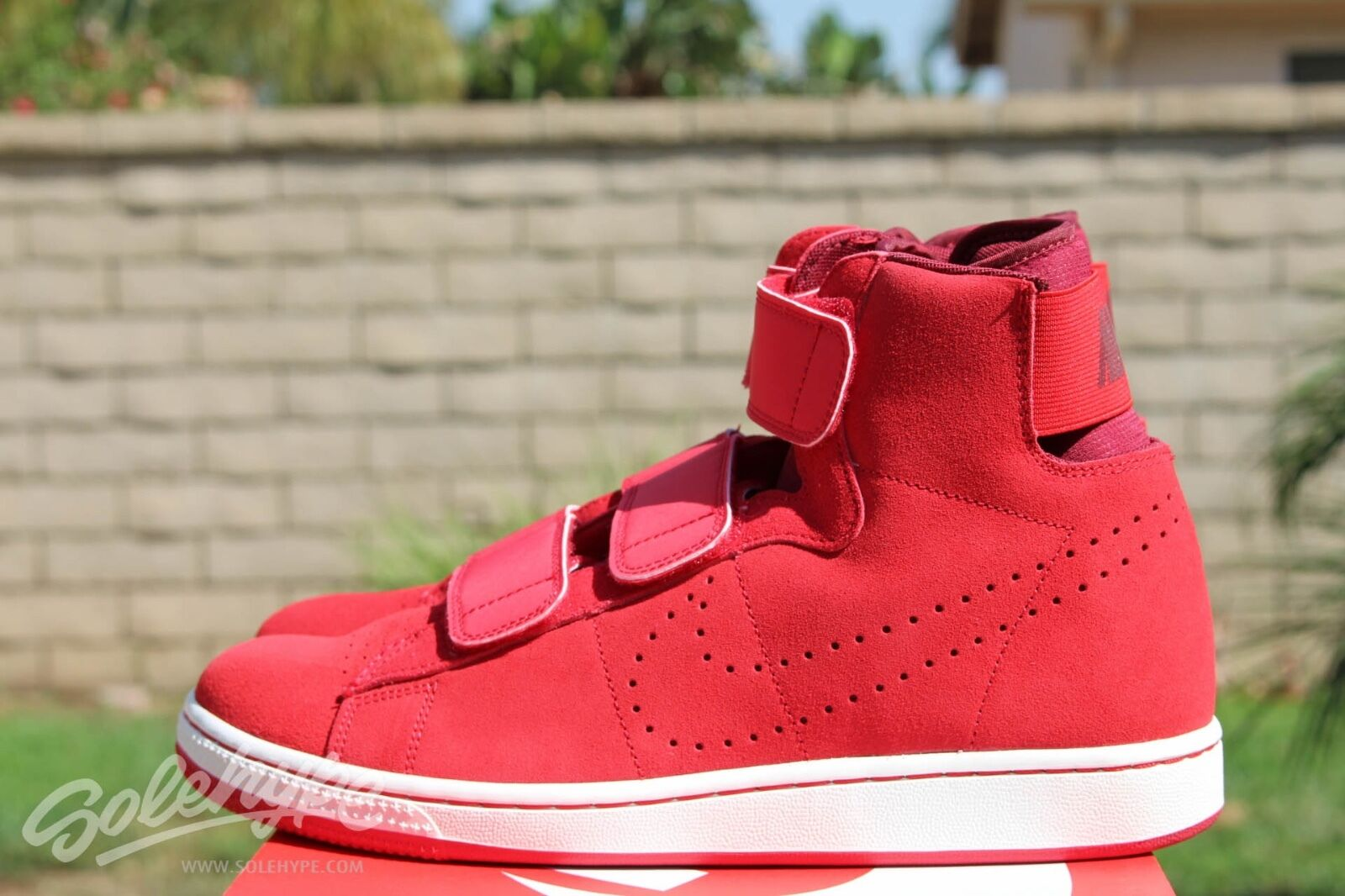 NIKE TZ - 85 SZ 11 GAME RED TEAM RED SAIL 749628 600