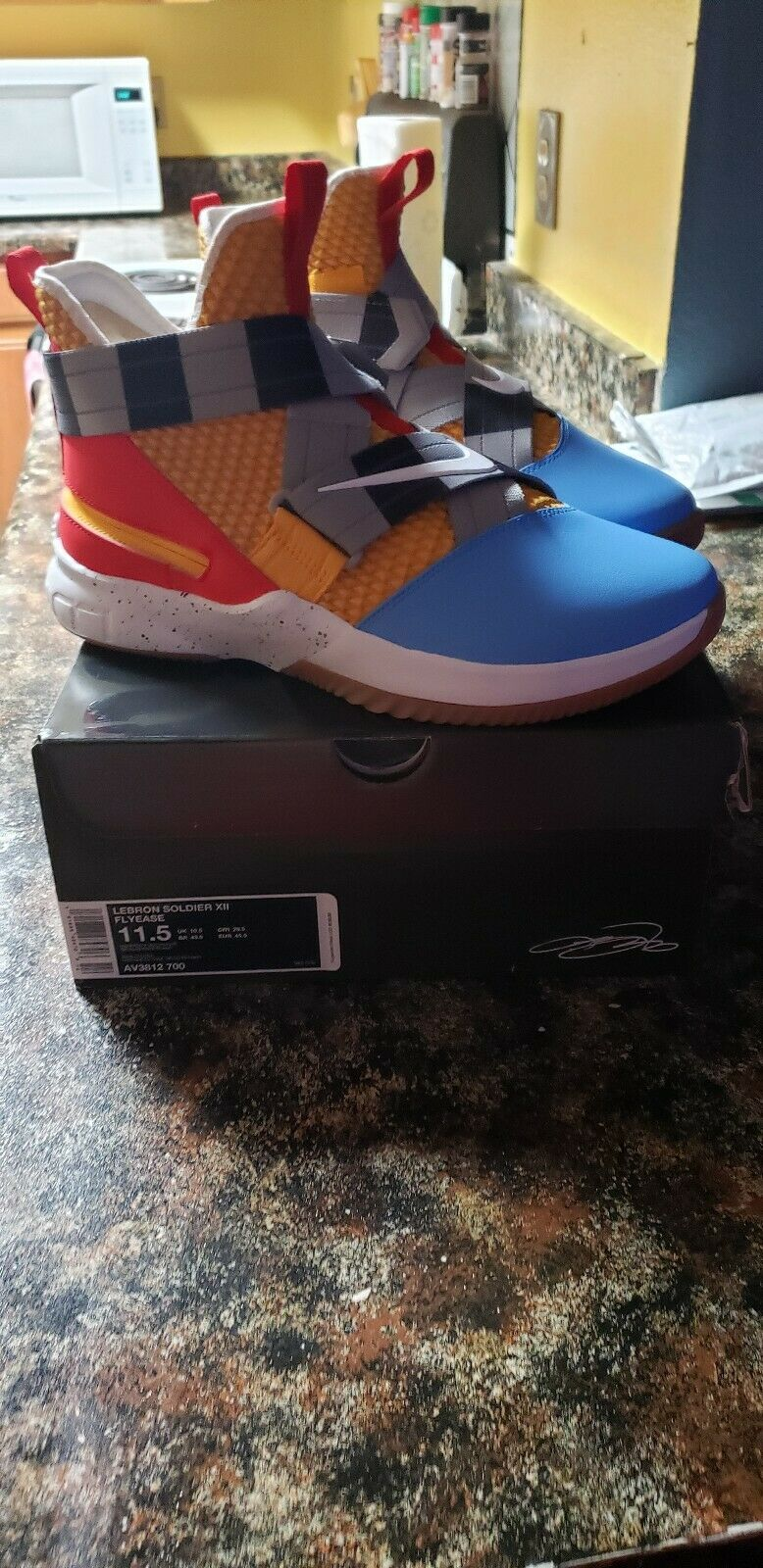 new styles 6ba39 1e42f NIKE LeBron Soldier XII FlyEase SIZE 11.5 mens toy story Woody