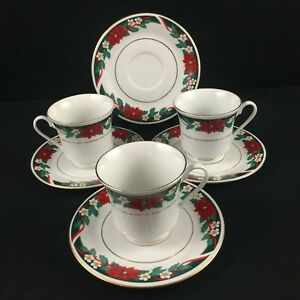 VTG-Set-of-3-Cups-and-4-Saucers-by-Tienshan-DECK-THE-HALLS-Christmas-Poinsettia