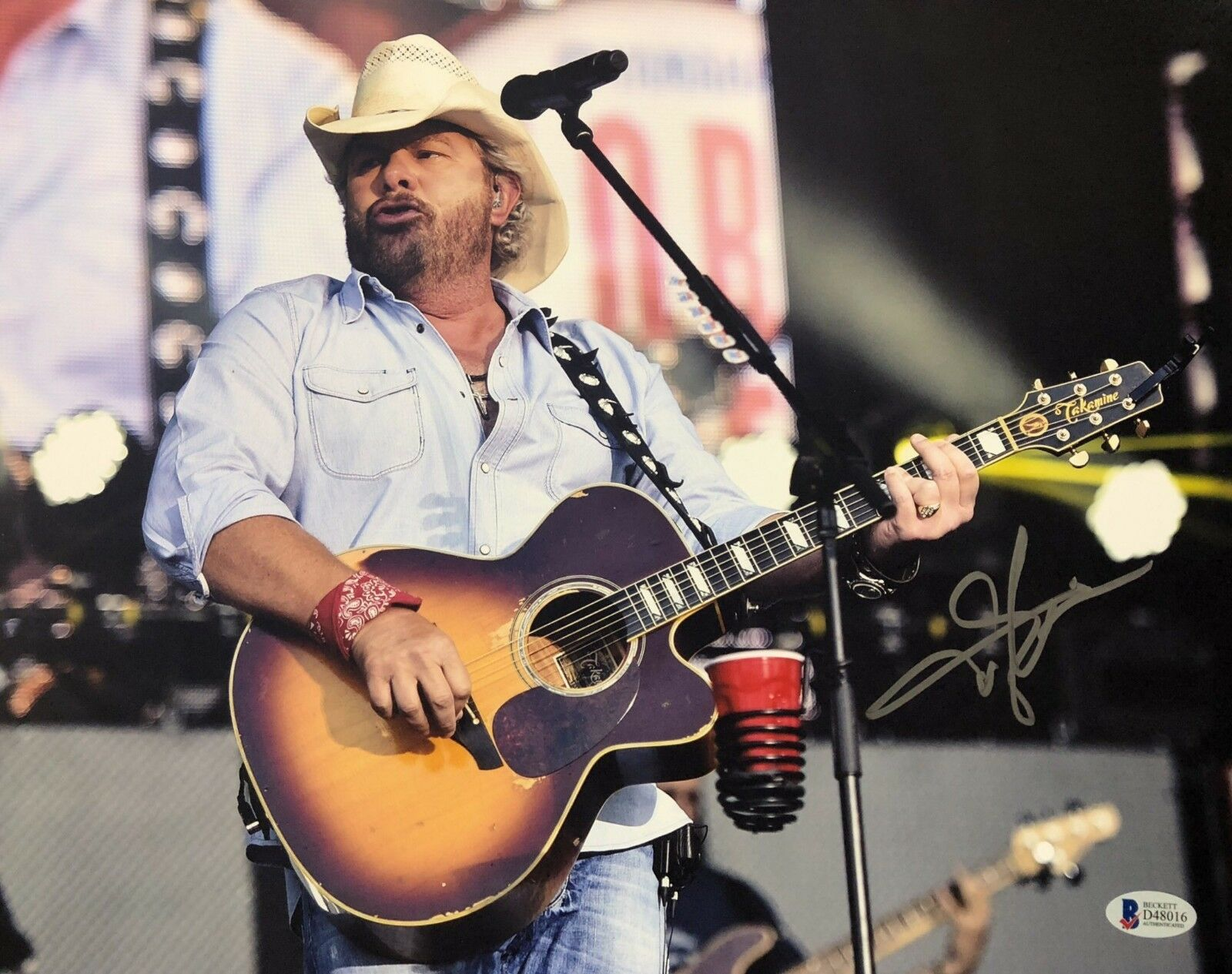 Toby Keith Signed 11x14 Photo *Country Musician *Red Solo Cup BAS Beckett D48016