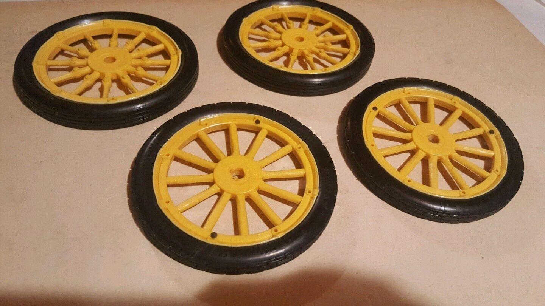RUOTE PER FIAT F2  POCHER 1 8  PRIMA SERIE - set completo di n. 4 ruote