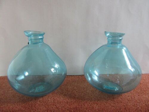2 Glass Flower Flowers Bud Vases choice of Colours