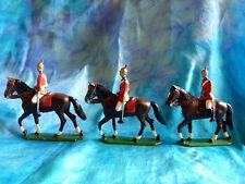 Soldats  plomb allemands ou autrichiens 1914- 3 cavaliers uniformes rouges Lot 1
