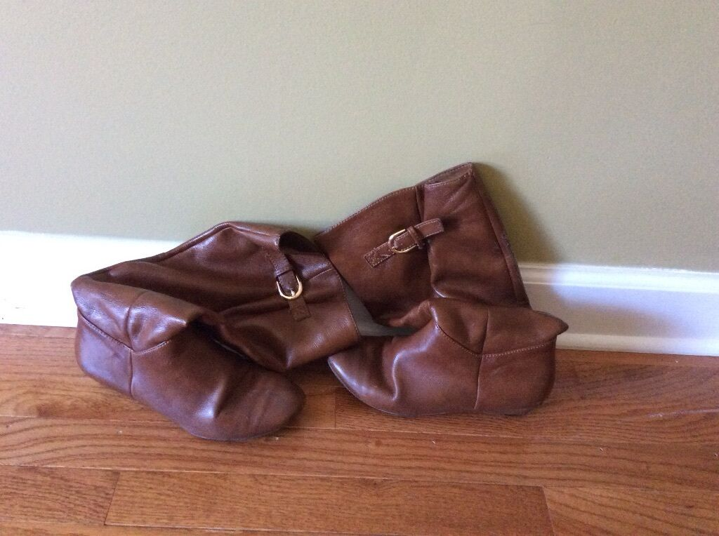 Kaley femmes Southwestern Style leather bottes Slipon Brass Belt Buckle marron 7.5