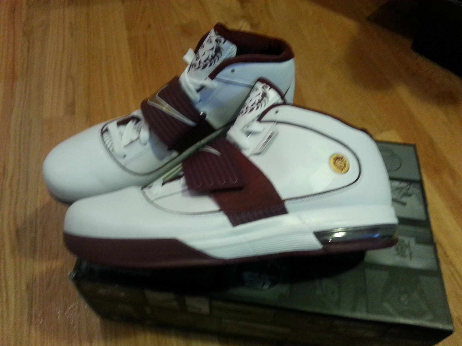 New Nike Lebron Zoom Soldier IV CTK (RARE COLOR) BASKETBALL SHOES SIZE 12.5