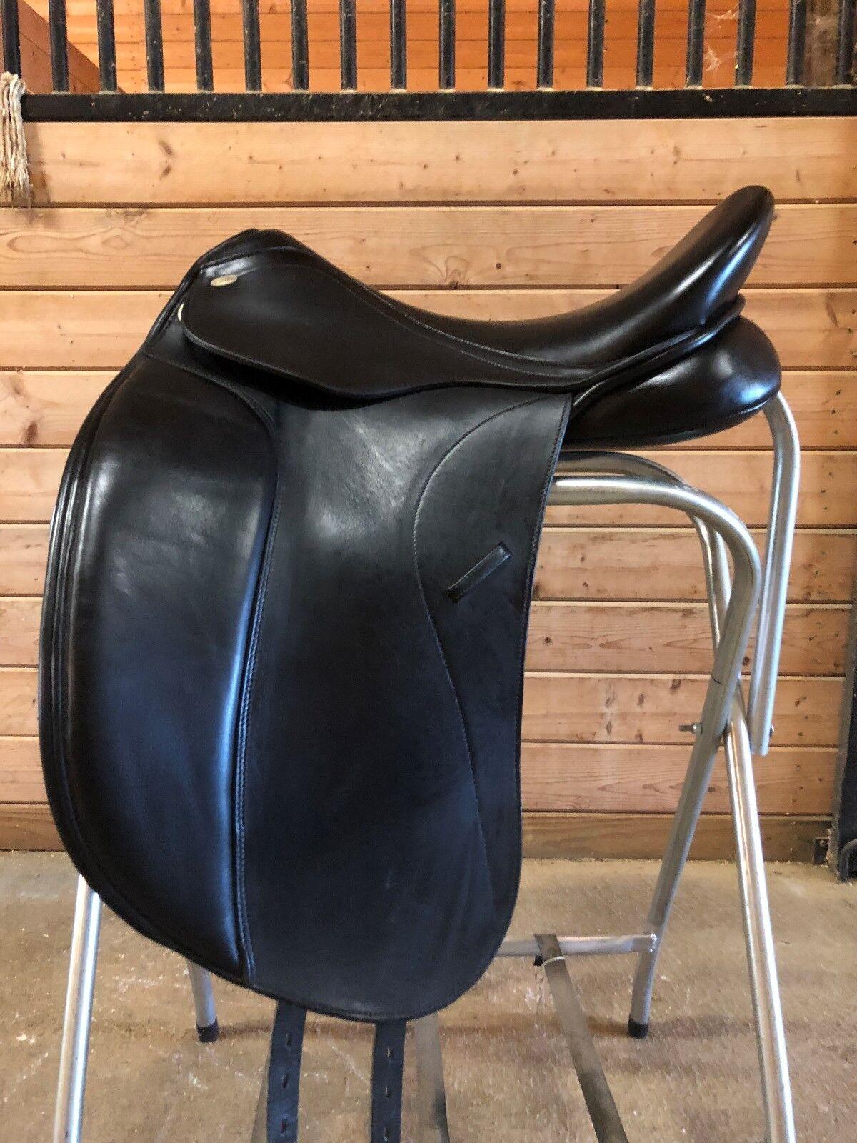 Nuevo  Kentaur Medea me Doma silla de montar 18.5