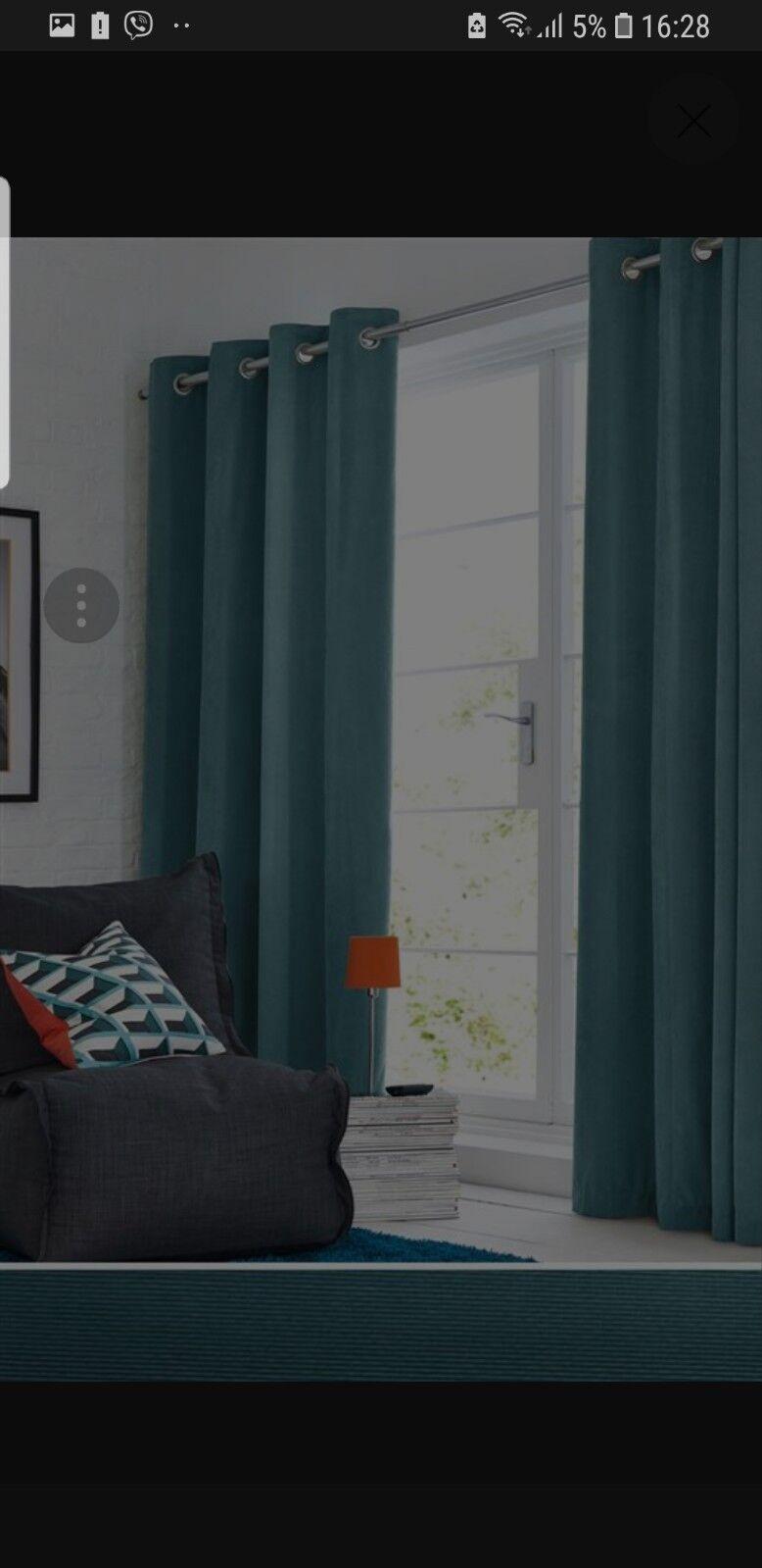 Next Velours Doux Velours Doublé Œillets rideaux vert 135x229cm nouveau | Outlet Online Shop
